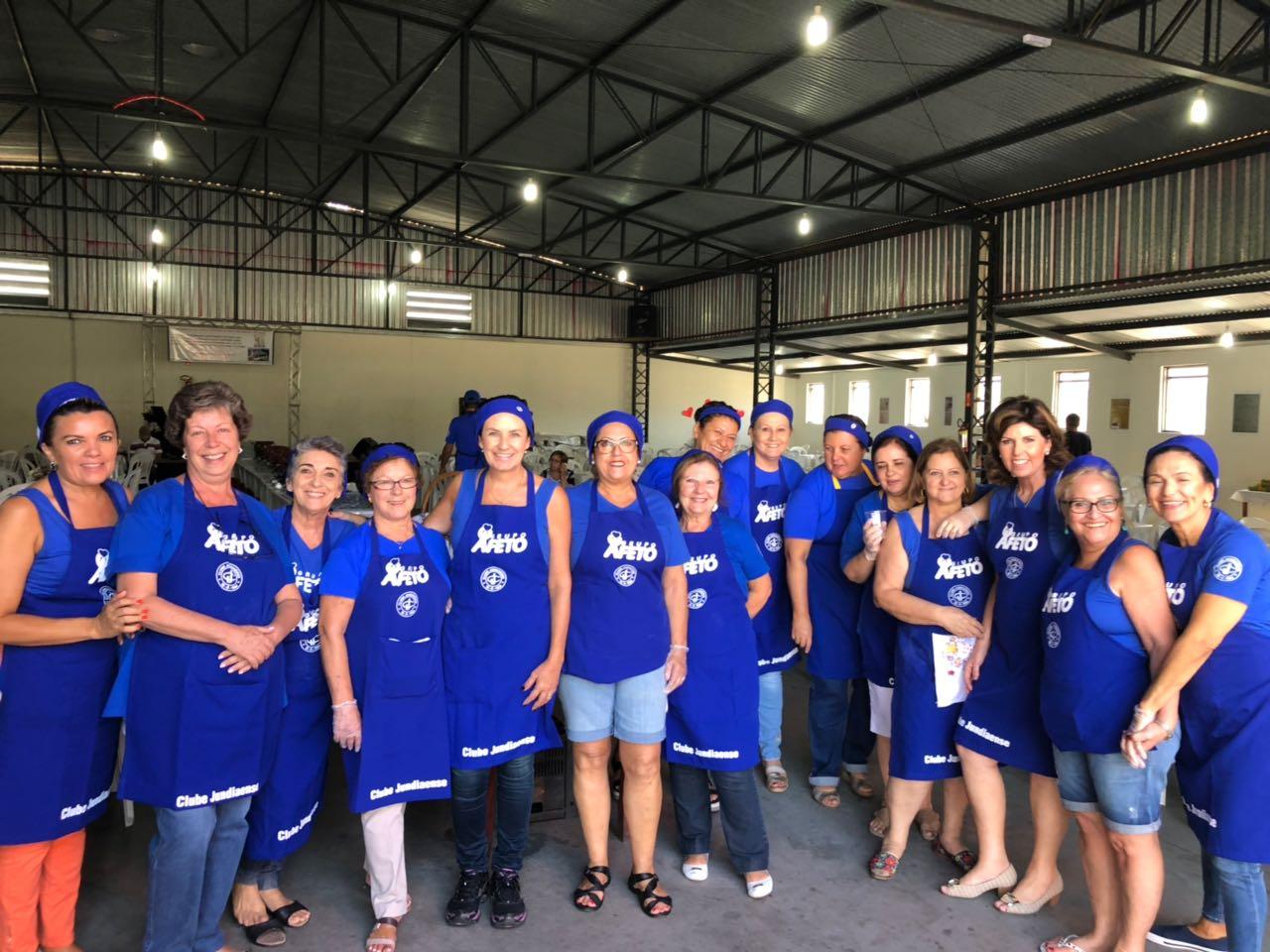 Organização de feijoada beneficente para comunidade Santa Ana e Arcanjo Miguel
