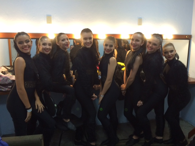 Bailarinas Instintos. Lívia, Flávia, Maria Clara, Lívia, Beatriz, Raquel, Letícia e Valentina