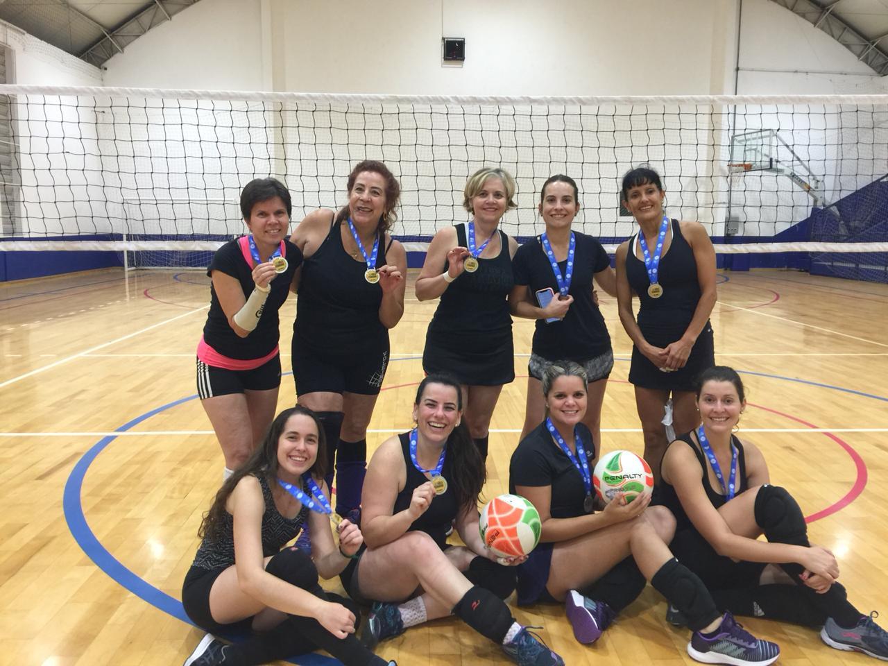 Mônica, Cláudia, Sandra, Jaci, Nagila, Marcela, Anna Fábia, Adriana e Marina Guedes
